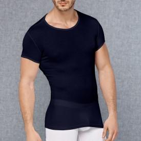 Мужская обтягивающая футболка в мелкий рубчик