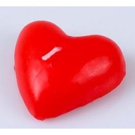 Красная свеча в форме сердца